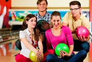 Stylin' Singles Bowling (25-45)