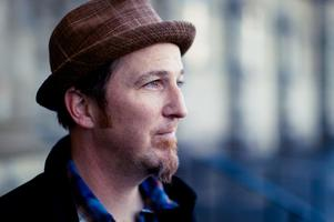 Peter Mulvey @ Friends House Concerts
