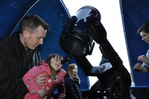 Stargazing Live 2015 - Thur 19th March