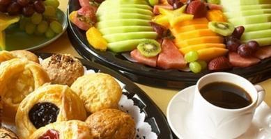 Dean's Breakfast: David Hilliard of The Wyman Center