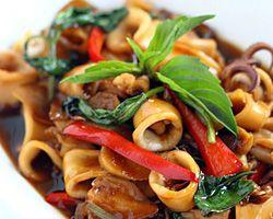 Taiwanese Homestyle Cooking - Three Cup Squid, Woodear...