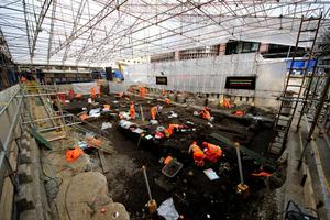 Crossrail Liverpool Street Archaeology - live dig...