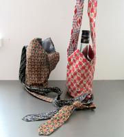 Upcycled è Riutilizzato -  Portaborraccia - Cravate...