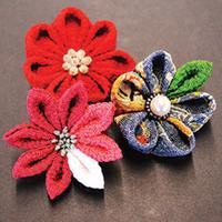 Japanese kanzashi flowers