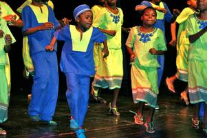 Love Can Turn The World: Singing Children of Africa