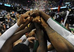 Sweet 16 - #2 Miami vs. #3 Marquette GAME WATCH