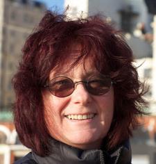 Susan van Scoyoc logo