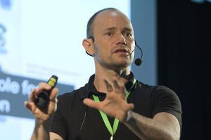 Innovation Upgrade: A Training Program by Stefan...