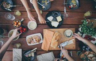 Venture Kitchen Hosted By - SARASINES