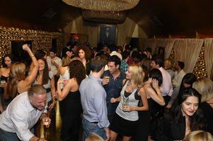 VIP Exclusive Singles Event - Comp Apps, DJ, Drink...