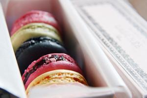 Macarons & Mews Walking Tour
