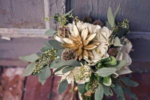 Sips & Stems- Thanksgiving gold succulent design