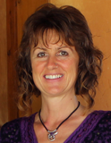 Tina Kirkham Smith, Akiki Wellbeing logo