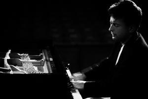 Piano Recital by Rafael Luszczewski - Concert