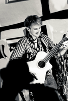 Will McNicol, Acoustic Guitarist of the Year 2011, on Tour