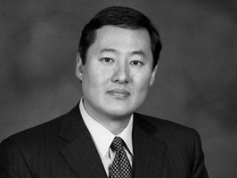 A Conversation with Professor John Yoo and Justice...