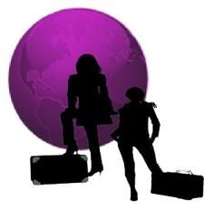 Two Traveling Chicks, LLC logo