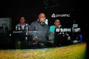 DJ BUBBLES mixing Top 40 & EDM. No cover. No dresscode.