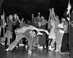 Intro to Swing Dancing - August 2013