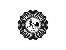 Trotting With Tots logo