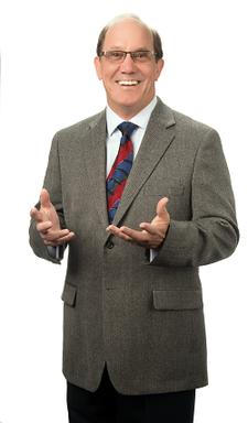 David McNamee logo