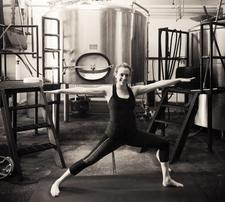 Bottoms Up Yoga and Brewery tour with Deneiges Yoga  logo
