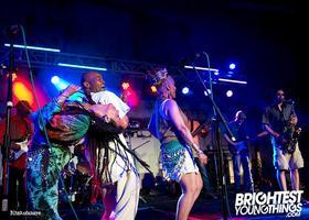 Tropicalia DC Presents East Meets West, Eme & Heteru...