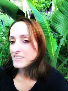 Leighanne Crocker, Essential Oils Educator, Aromatic Discovery logo