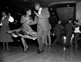 Learn to Swing Dance!