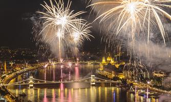 Fireworks celebration cruise - Special event on 20th...