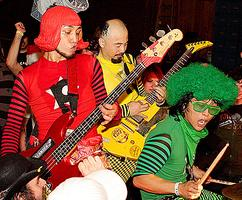 10/15: PEELANDER-Z, CHIPOCRITE & LOW ON SANITY