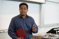 Dr. Rey Rosales - MIT - Certificate in Teaching New Ventures Leadership logo