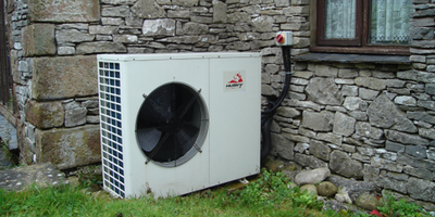 Logic L3 Installation and Maintenance of Heat Pump...