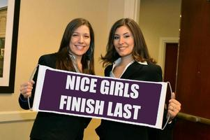"The ""Nice Girls Finish Last"" Seminar ""Chicago"" Hosted..."