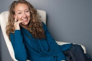 Meet The Author ~ Peggy Riley
