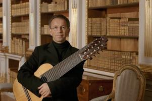 Olin Arts Alive Presents Swedish Classical Guitarist -...