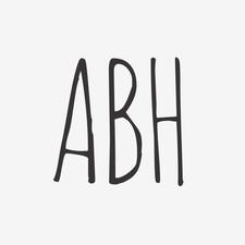 Artisan Beach House logo