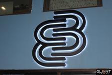 33 Lafayette logo