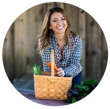 Lexi's Clean Kitchen & Whole Foods Market logo