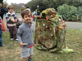 Giant Puppet Workshop at Habitot Children's Museum...