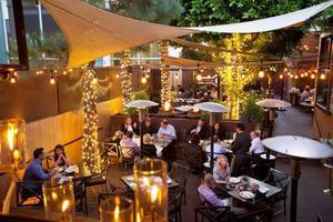 TDR @ Wilshire Restaurant
