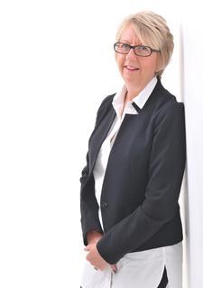 Denise Ward - The SME Financial Controller logo