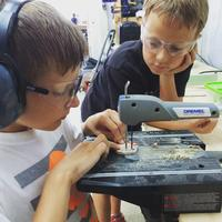 Tinkering Juniors (ages 6-10), session 1