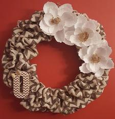Momma Makins' & WreathArrangeables logo