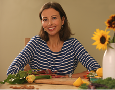 Suzy Glaskie at Peppermint Wellness logo