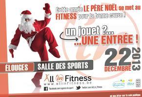 Le père Noel se met au fitness pour la bonne cause