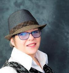 Fiona Colbron-Brown- Vespa PA Services logo