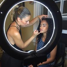 Make Me Over Hands On Makeup Class  logo