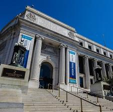 Smithsonian's National Postal Museum logo