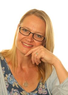 Silvia Siret - Mindfulness Teacher and Life Coach logo